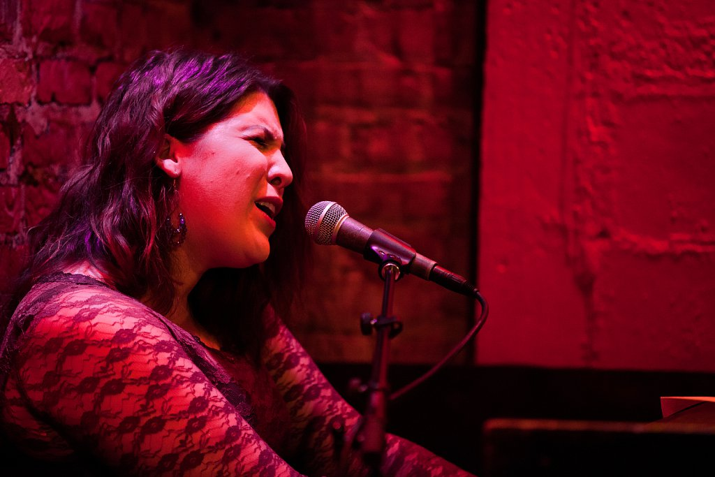 Evie Archer at Rockwood Music Hall